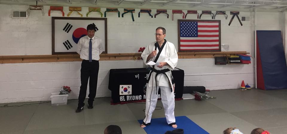 James Thompson making speech at Be Ryong Belt Ceremony